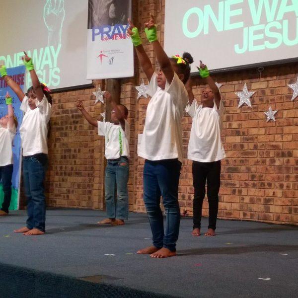 West View Methodist Church children performing on stage